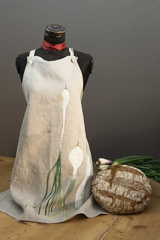 Onion apron