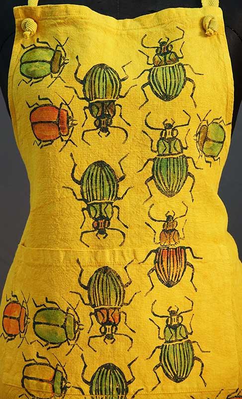 Grembiule lino zafferano scarabei