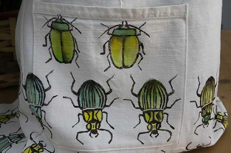 Apron hemp white beetles3
