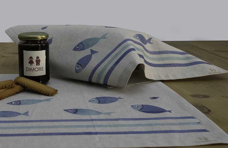 Tovaglietta-pesci-blu