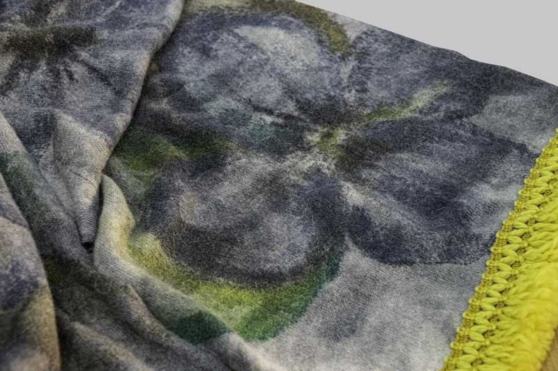 Scarf-blanket-yellow1
