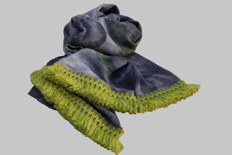 Scarf-blanket-yellow2